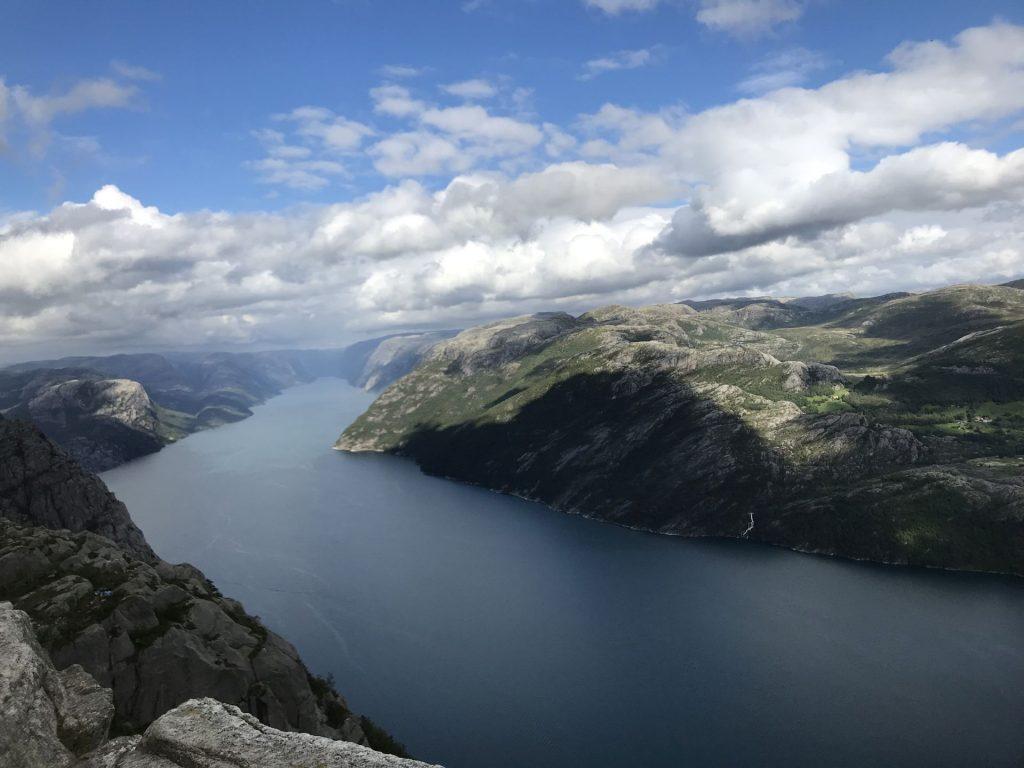 pedra-pulpito-fiorde-lyse-Noruega Dinamarca e Holanda