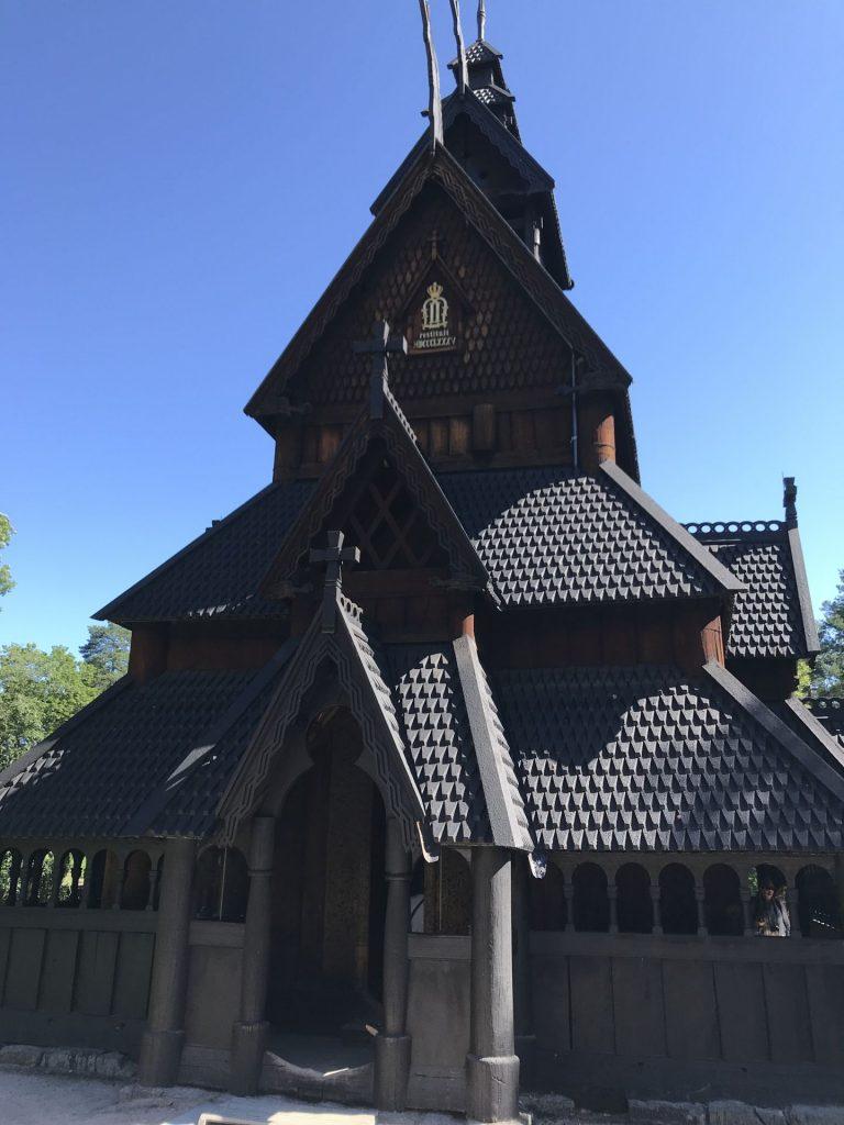stavkirken-oslo-Noruega Dinamarca e Holanda